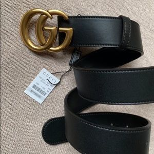 `-Ńew Gucci Belt GG Golden